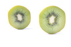 Отрезанный плодоовощ кивиа на белизне Стоковые Изображения RF