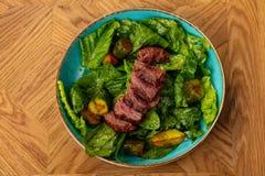 отрезанный салат стейка стоковая фотография rf