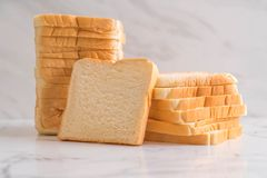 отрезанный стог хлеба Стоковые Изображения RF