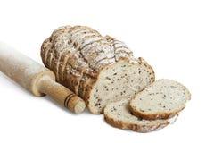 Отрезанный хлеб рож с льняным семенем Стоковое фото RF