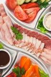 Отрезано?? мясо и овощи стоковые фото