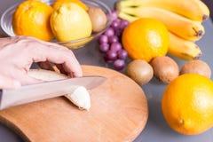 Отрезать плодоовощи Стоковые Фотографии RF