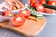 Отрезать томат Стоковые Изображения