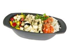 Отрезоки свежих овощей готовых для варить на whit Стоковое фото RF
