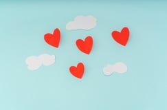Отрезок бумаги воздушных шаров сердца горячих для celebrat дня валентинки Стоковое Изображение