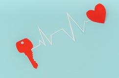 Отрезок бумаги ключа для сердца как символ влюбленности Стоковое фото RF
