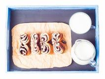 Отрезок и молоко крена Стоковые Фотографии RF
