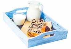 Отрезок и молоко крена Стоковое Изображение RF