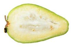 Отрезок плодоовощ Feijoa в половине внутри продольного разреза изолированного на белой предпосылке Стоковое Изображение RF