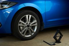 Отремонтируйте обслуживание автомобиля Стоковые Фотографии RF