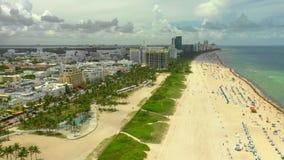 Отснятый видеоматериал трутня лета Miami Beach сценарный воздушный акции видеоматериалы