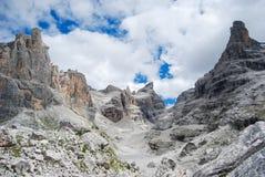 Отступление Tuckett среди доломитов распологает альт Адидже Trentino стоковое фото rf