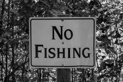Отсутствие белизны черноты знака рыбной ловли Стоковая Фотография RF