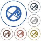Отсутствие знака пожара Символ открытого пламени запрета Стоковое Изображение