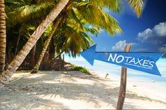 Отсутствие налогов в фискальном рае, экзотическом острове как ландшафт стоковое фото