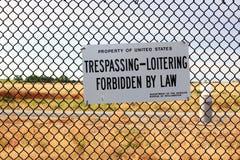 Отсутствие Trespassing знака на государственной собственности Стоковое Фото