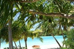отсутствующий рай бросания пляжа Стоковые Фото