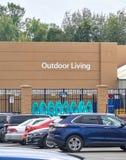 Отдел Walmart внешний живущий стоковая фотография