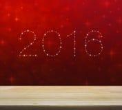 2016 от красивых ярких звезд над пустым деревянным столом и красным цветом иллюстрация штока