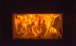 Отдохните камином в холодной ноче Стоковое фото RF
