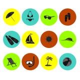 Отдых перемещения моря значка пляжа установленный Стоковые Изображения