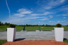 Отдых пути красного ковра гольф-клуба активный приглашает Стоковое Изображение