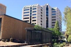 Офисное здание Maricopa County, Феникс, AZ Стоковое Изображение RF