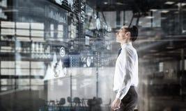 офис бизнесмена самомоднейший Мультимедиа Мультимедиа Стоковое Изображение RF