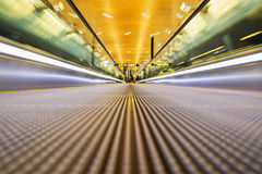 офис движения эскалатора самомоднейший Стоковое Фото