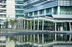 офис дня здания самомоднейший Стоковое Изображение