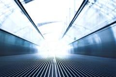 офис залы эскалатора moving Стоковая Фотография RF