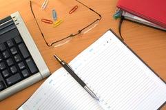 офис настольного компьютера Стоковое фото RF