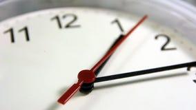 Офис, дом, или настенные часы школы сток-видео