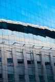 офис стекла здания предпосылки Стоковая Фотография RF