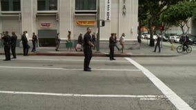 Офицеры LAPD создают блокаду видеоматериал