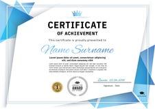 Официальный белый сертификат с голубыми элементами дизайна треугольника, крона Дизайн дела чистый современный Стоковое Изображение