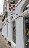 Официальный bookstore интернационально известного университета в английском городе стоковые изображения rf