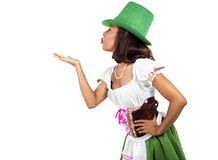 Официантка в костюме дня St. Patrick Стоковые Изображения