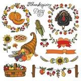 Оформление официальный праздник в США в память первых колонистов Массачусетса Красочный комплект doodle бесплатная иллюстрация