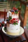 Оформление свадебного пирога Стоковое фото RF