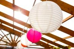 Оформление свадьбы бумажного фонарика Стоковая Фотография RF