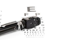 Офтальмоскоп на испытании зрения Стоковая Фотография RF