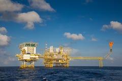 Оффшорная продукция нефти и газ и дело исследования в Gulf of Thailand Стоковая Фотография
