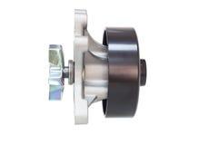 Охлаждающий вентилятор двигателя водяной помпы на белизне Стоковые Фото