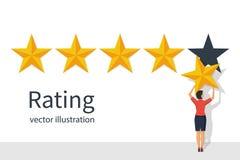 Оценка звезды Коммерсантка держа звезду золота в руке, для того чтобы дать бесплатная иллюстрация