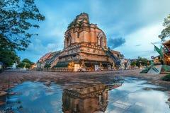 очень большая пагода на Wat Jedi Luang Стоковые Изображения RF