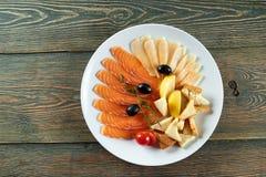 Очень вкусная еда на деревянном столе Стоковая Фотография RF