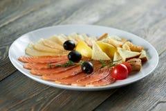 Очень вкусная еда на деревянном столе Стоковое Изображение