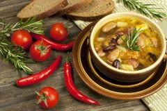 Очень вкусная домашняя кухня супа фасоли Стоковое Изображение