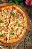 Очень вкусная свежая пицца Стоковое Изображение